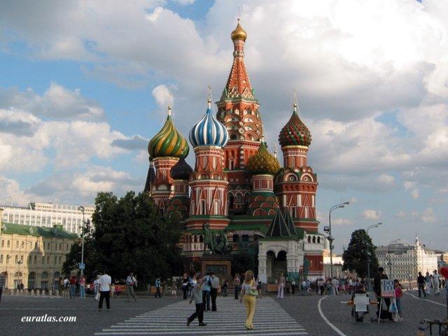 Les sources d'inspirations d'Oda dans One Piece Moscow_saint_basil